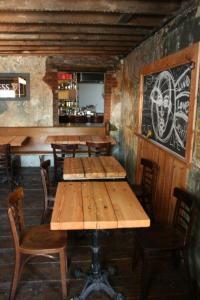 Ceili Restaurant 3